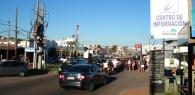 Vista de la calle central de la zona de La Barra.